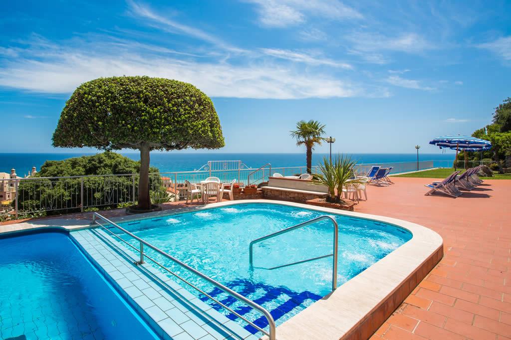 Residence appartamenti con piscina vista mare pietra - Residence marzamemi con piscina ...